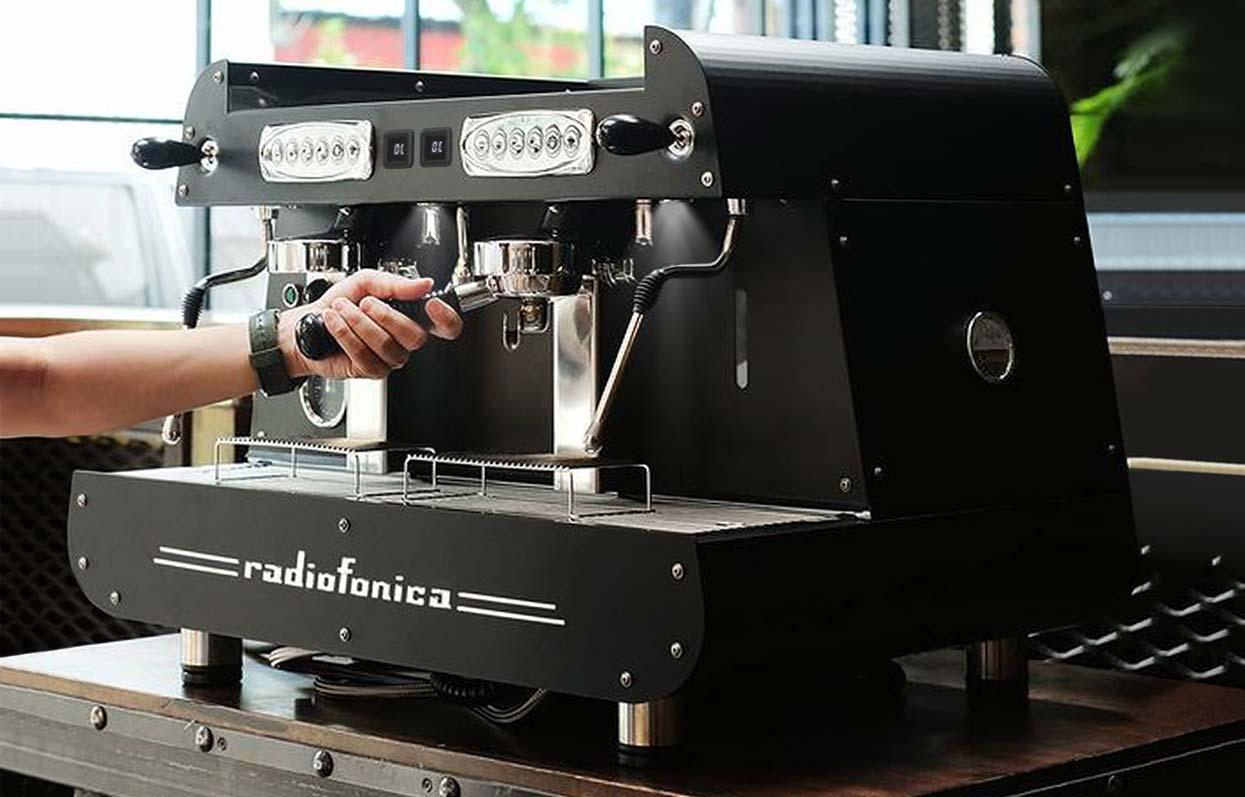 Radiofonica-2-groups-E61-professional-Orchestrale-coffee-machine-02