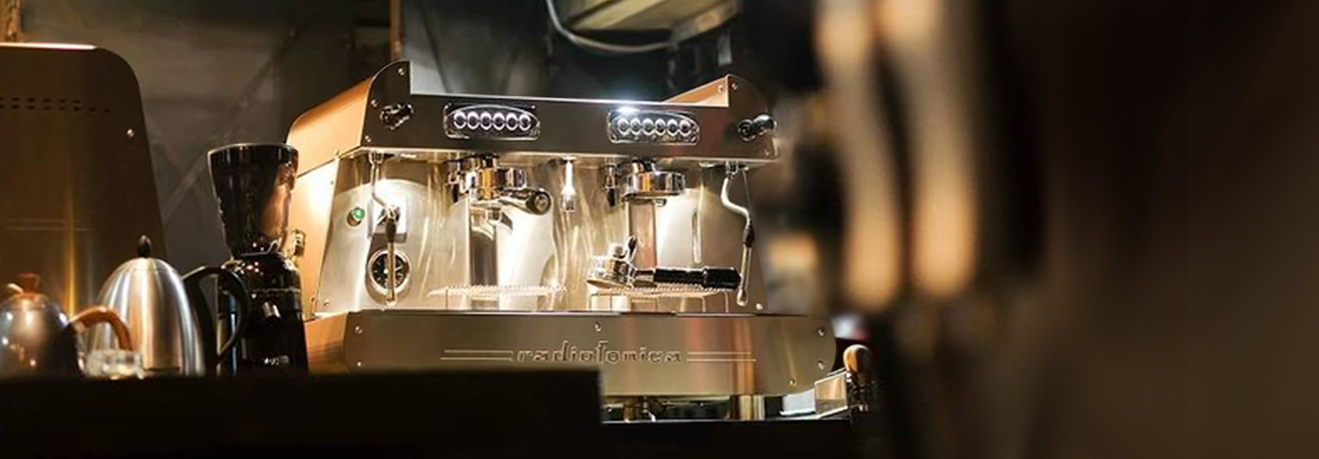 Radiofonica-2-groups-E61-professional-Orchestrale-coffee-machine-09
